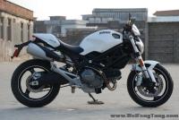 2012年 DUCATI 街头白色小霸王 Monster 696 带ABS