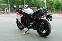 2009款雅马哈 YZF-R1 可调3种模式 各种改装 红白色