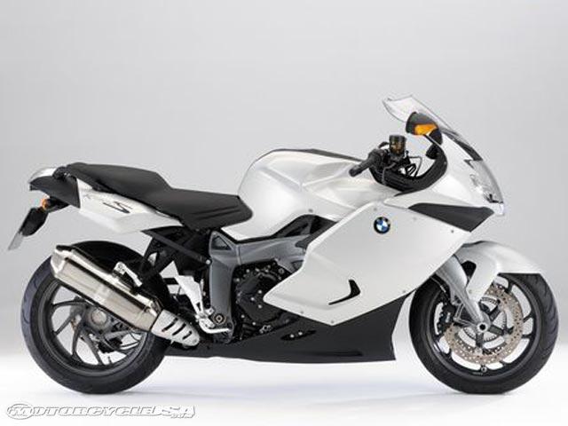 款宝马HP2 Megamoto摩托车图片2