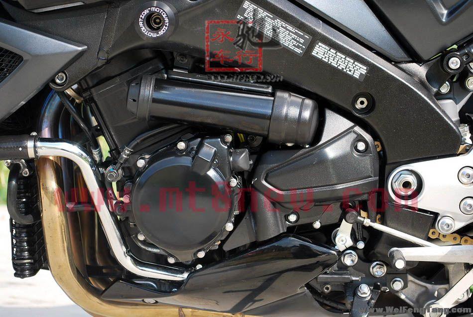 永驰重型机车行2012年09月23日最新发布的B-King二手摩托车信息,有19张相关的实车图片参考, 如果有疑问可以联系车行负责人 电话:13318670666 13927982022