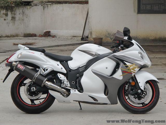 2008款铃木隼GSX1300R ,改装碳纤维吉村排气 白色喷漆 6000多公里 成色新 图片 0