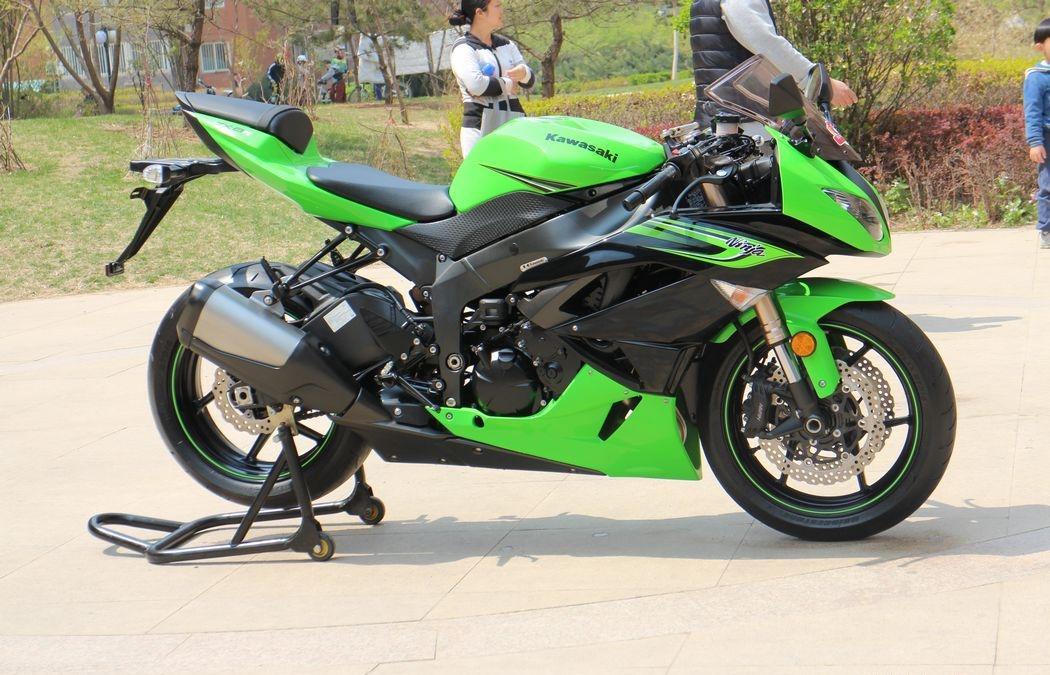 川崎ninja zx-6r摩托车二手转让