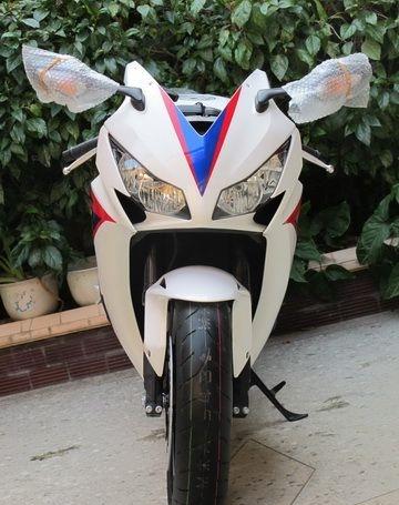 2012款全新白色本田CBR1000RR 20周年纪念版 CBR1000RR图片 2