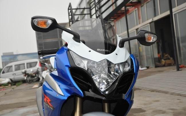 款铃木GSX-R1000摩托车图片4