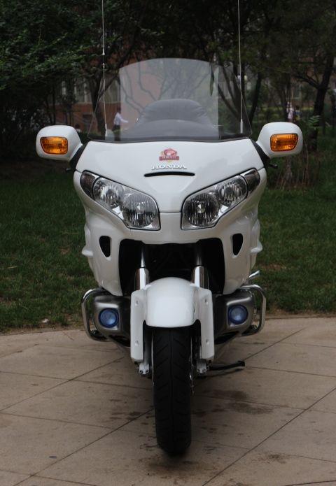 款本田Gold Wing 1800摩托车图片1