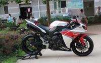 雅馬哈YZF-R1摩托車2012圖片