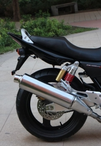 本田CB400摩托车图片