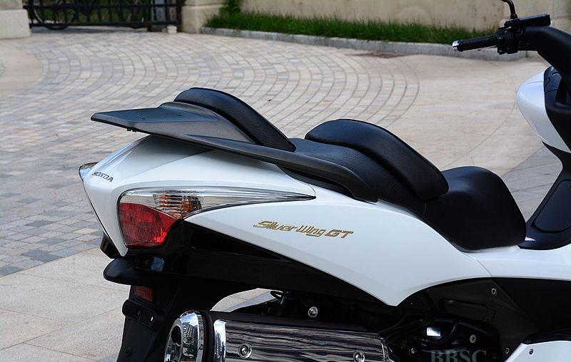 2010款本田银翼 SILVER WING GT600-ABS 白色 Silver Wing图片 1