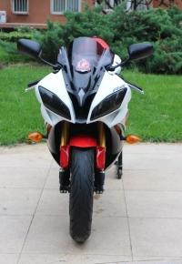 雅马哈YZF-R6摩托车2015图片