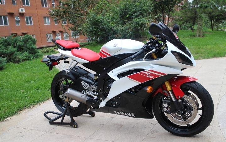 新到2010款雅马哈YZF-R6,改装挡风玻璃 红白黑三色 两千多公里 YZF-R6图片 2