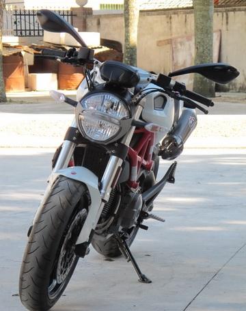 新到2012年款杜卡迪怪兽 MONSTER 796 ABS版 红白黑三色 Monster 796图片 3