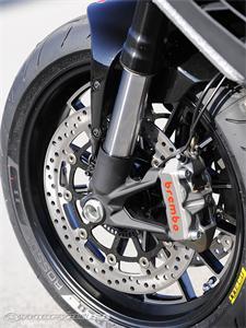 杜卡迪Diavel Carbon摩托车2011图片