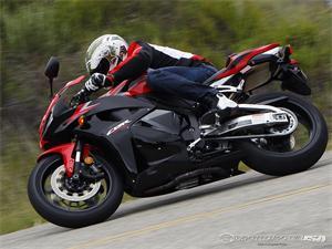 本田CBR600RR摩托车2011图片