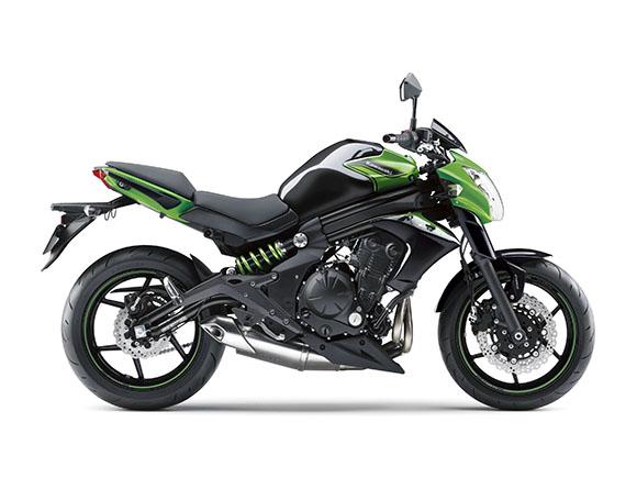 川崎ER-6n摩托车
