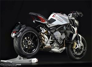 奥古斯塔Brutale 800 Dragster摩托车