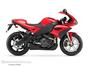 布尔1125R摩托车
