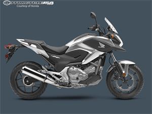 2013款本田NC700X摩托车图片