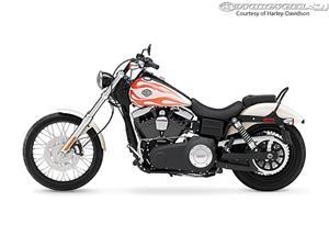 2014款哈雷戴维森Dyna Wide Glide - FXDWG摩托车
