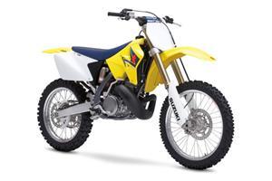 铃木RM250摩托车